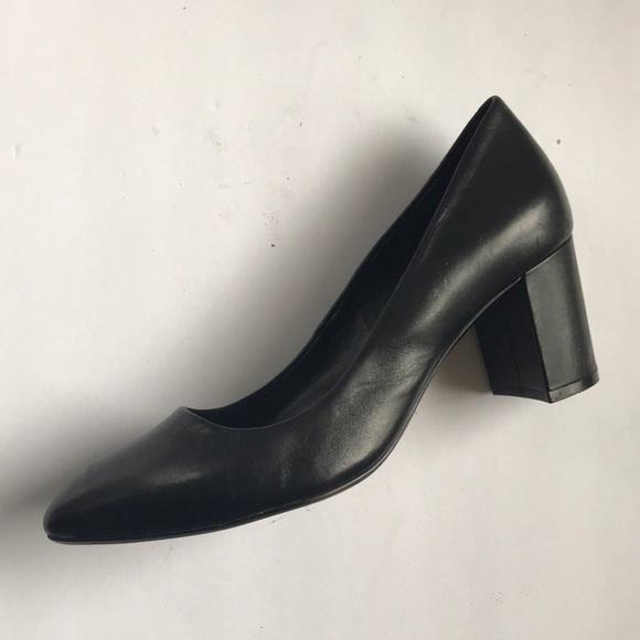 622ac530b843 Clark s Black Leather Block Heel Pumps